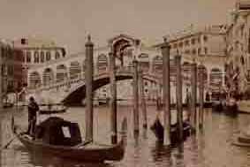 rialto-bridge-in-venice